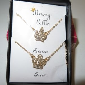 Sweet Mommy & Me Queen and Princess necklace set